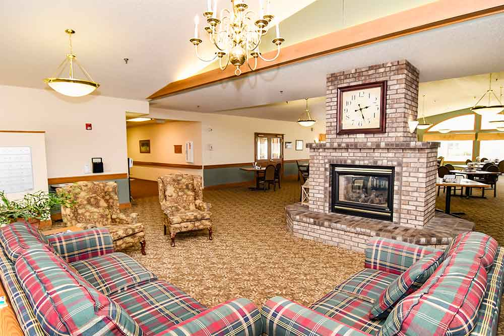Hermantown MN livingroom