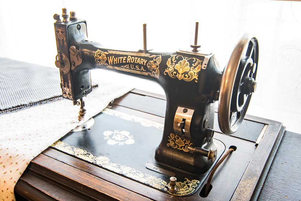 Missoula MT - Life Station Sewing Machine